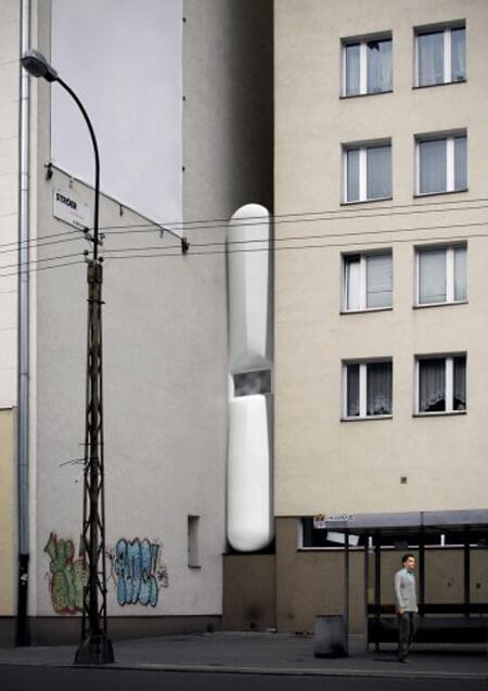 Самый узкий дом в мире - вид с улицы